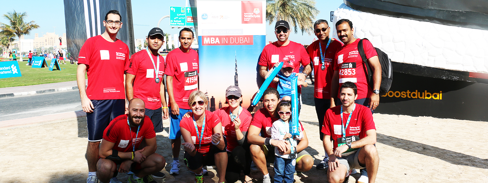 Strathclyde alumni group at Dubai marathon