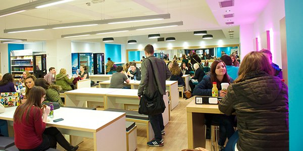 Students in Curran building cafe