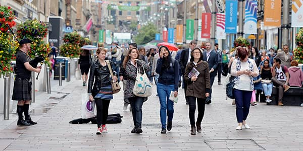 University of Strathclyde students walk down Buchanan Street