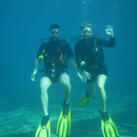 two people scubadiving